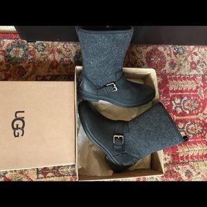 283ab63935d UGG Robbie Black Leather & Sheepskin Wool Boots NWT
